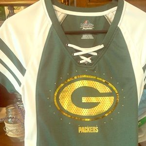 Green Bay packers shirt in small